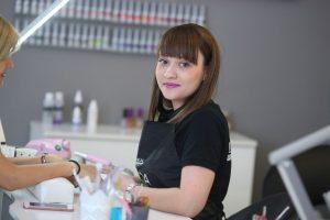 manichiura - salon de infrumusetare in Constanta - icutsalon.ro 004